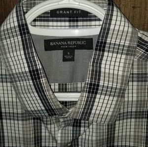 Banana Republic Shirts - BANANA REPUBLIC Dress Shirt